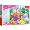 Imagine PUZZLE TREFL 30 PRINTESE DISNEY IN GRADINA PALATULUI